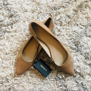 Forever 21 Pointed Nude Flat, Size 8